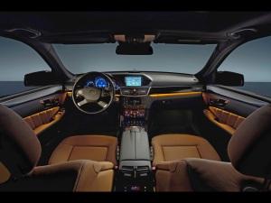 2010-Mercedes-Benz-E-Class-Interior-1920x1440